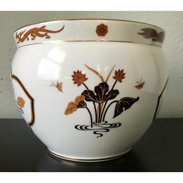 1970s Vintage Porcelain Okura Byakko White Tiger Bowl For Sale - Image 4 of 7