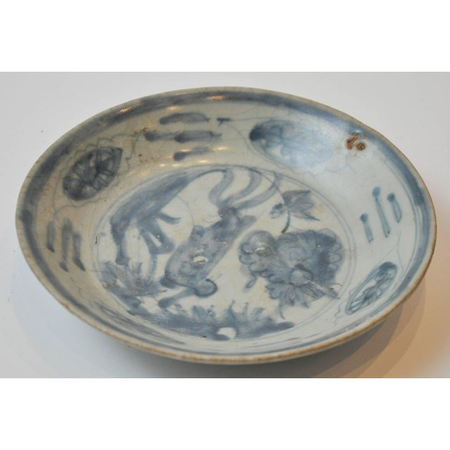 19th Century Collection of Blue and Bone Colored Chinese Porcelain For Sale - Image 4 of 9