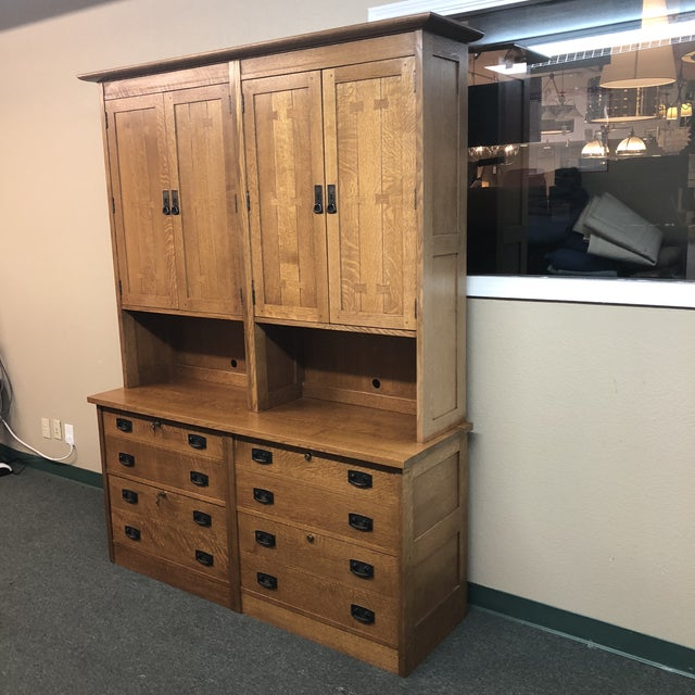 Design Plus Gallery presents a beautiful Mission Style Work Station, by Stickley. This custom configuration offers two...