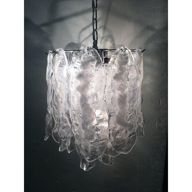 Metal Italian White and Transparent Murano Glass Chrome Metal Frame Sputnik Chandelier For Sale - Image 7 of 12