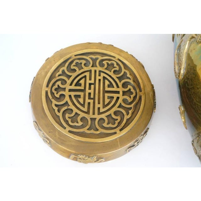 Hollywood-Regency, Brass Garden Stool / Side Table, Asian Motif with a Removable Lid - Image 4 of 10