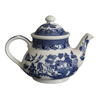 English Blue Willow Chinoiserie Teapot For Sale