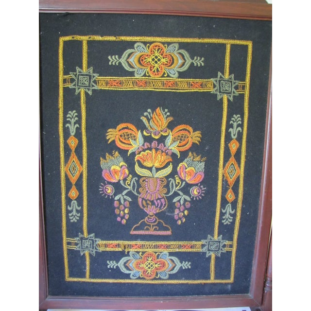 1910s Victorian Embroidered Fire Screen For Sale - Image 4 of 7