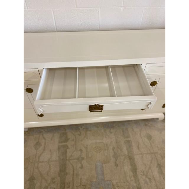 1970s Henredon Chinoiserie Painted White Credenza For Sale - Image 5 of 10