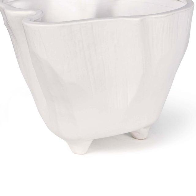 Traditional Everest Ceramic Vase For Sale - Image 3 of 5