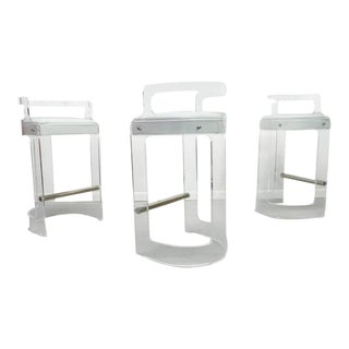 1970s Vintage Hill Furniture Acrylic Lucite Bar Stools - Set of 3 For Sale