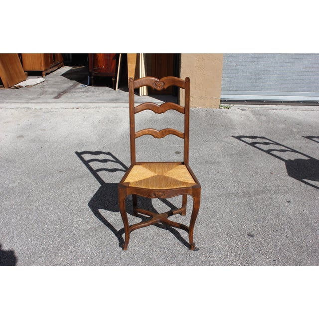 Rush 1910s Vintage French Country Rush Seat Solid Walnut Dining Chairs- Set of 6 For Sale - Image 7 of 13