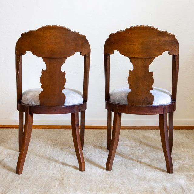 Early 19th Century French Empire Gondola Chairs | 19th Century Francois Seignouret | a Pair For Sale - Image 5 of 13