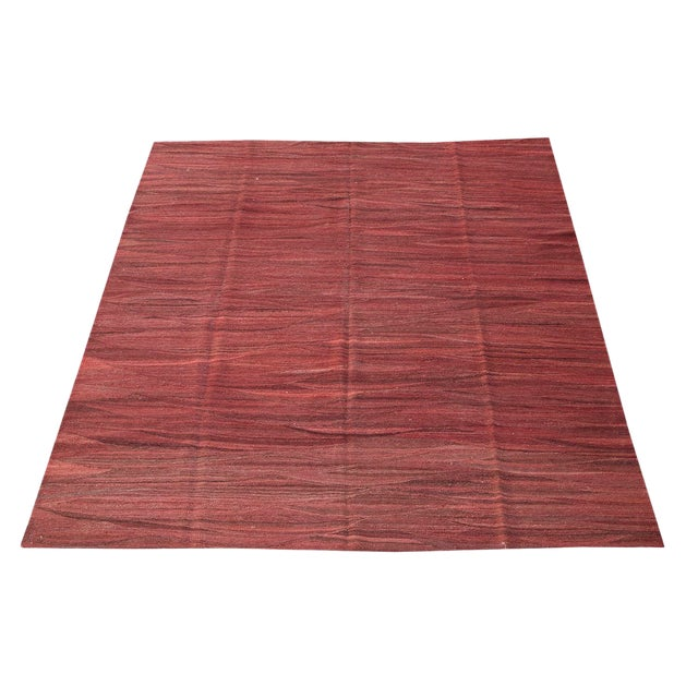 """20th Century Modern Persian Red Hand-Made Wool Kilim - 9'10""""x8'2"""" For Sale"""