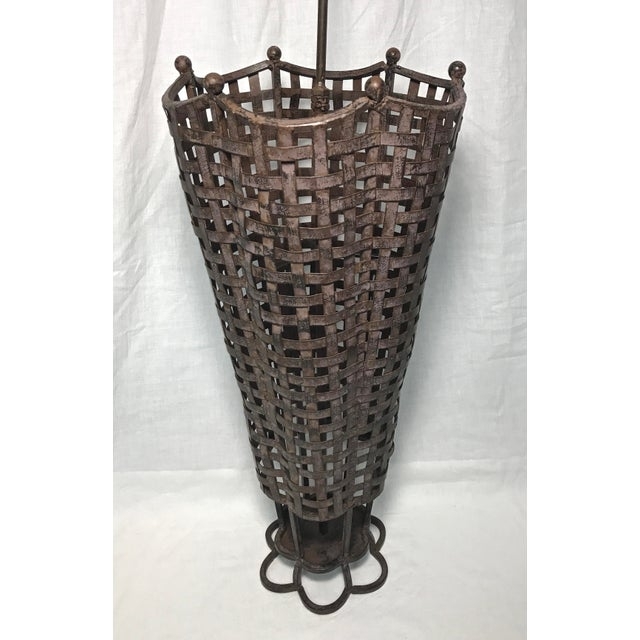 Umbrella Stand Ireland: Woven Wrought Iron Umbrella Stand