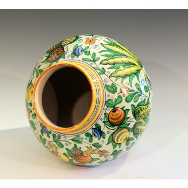 1930s Vintage Cantagalli Italian Majolica Pottery Vase For Sale - Image 5 of 10