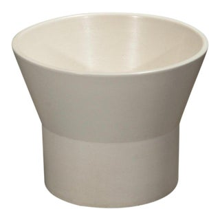 1960s Vintage Paul McCobb for Architectural Pottery White M-2 Planter For Sale