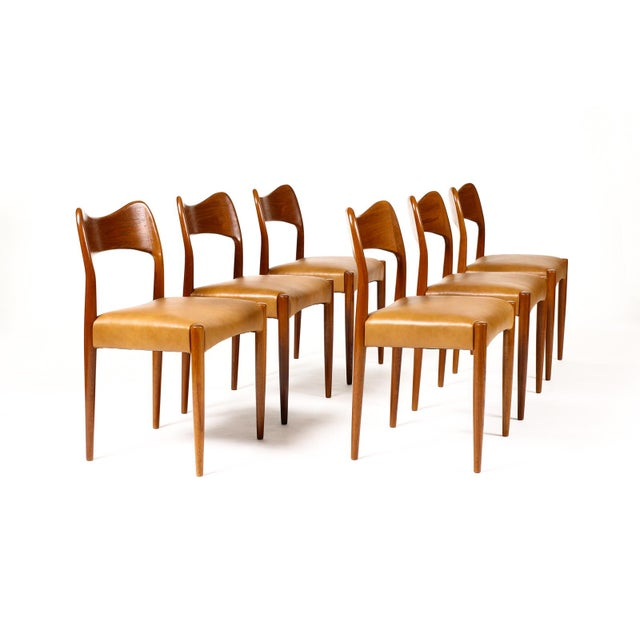 #1669 – Danish Modern / Mid Century Teak Dining Chairs — Set of 6 — Cognac Leather — A.H. Olsen for Mogens Kold Excellent...