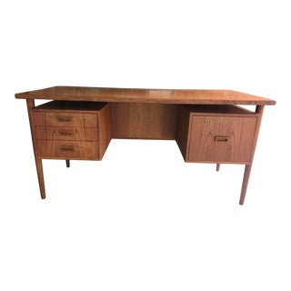 20th Century Danish Modern Floating Writing Desk For Sale