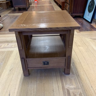 Bassett Furniture Mission Style Oak Side Table + Drawer Preview