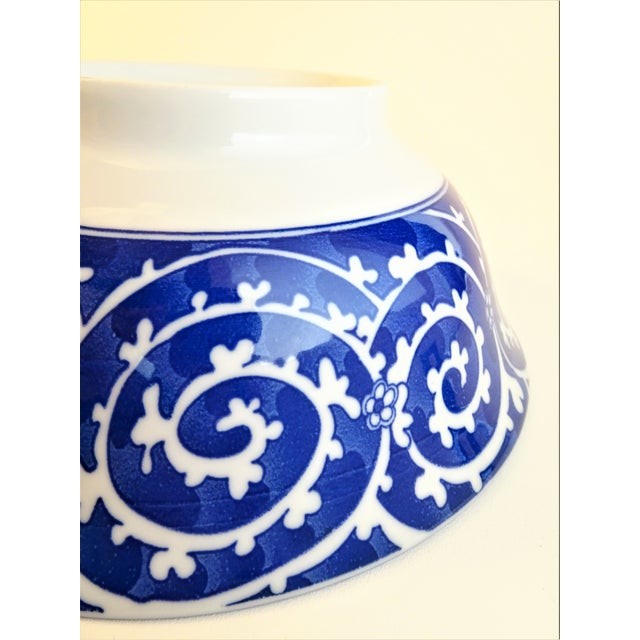 Chinoiserie Blue & White Serving Bowls - A Pair For Sale In Seattle - Image 6 of 11