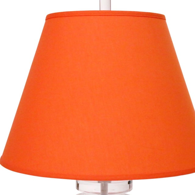 Mid-Century Modern Mid-Century Lucite Table Lamp With Orange Shade For Sale - Image 3 of 6