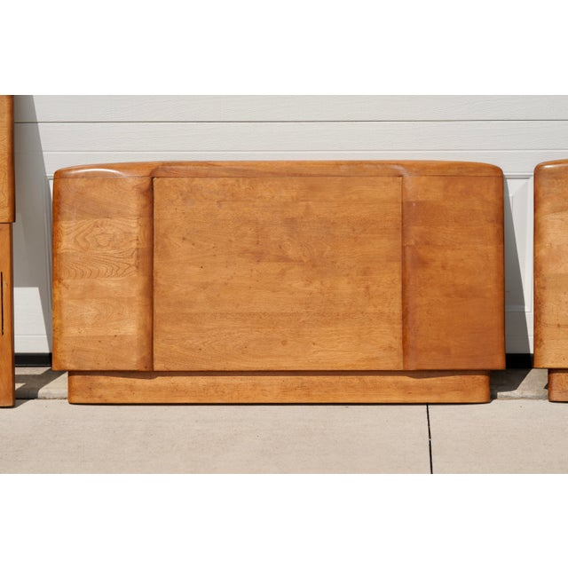 Mid-Century Modern 1960s Mid Century Heywood Wakefield Champagne Twin Bed Headboard and Footboard - 2 Pieces For Sale - Image 3 of 7