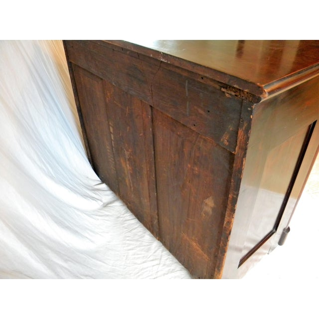 Traditional Antique Flamed Mahogany Dresser For Sale - Image 3 of 12