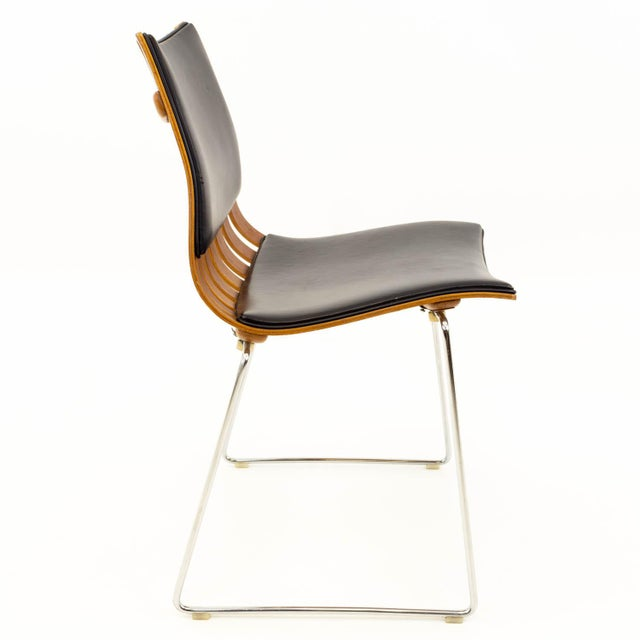 Vintage Mid Century Hans Brattrud for Hove Mobler Teak Padded Scandia Chair For Sale In Chicago - Image 6 of 8