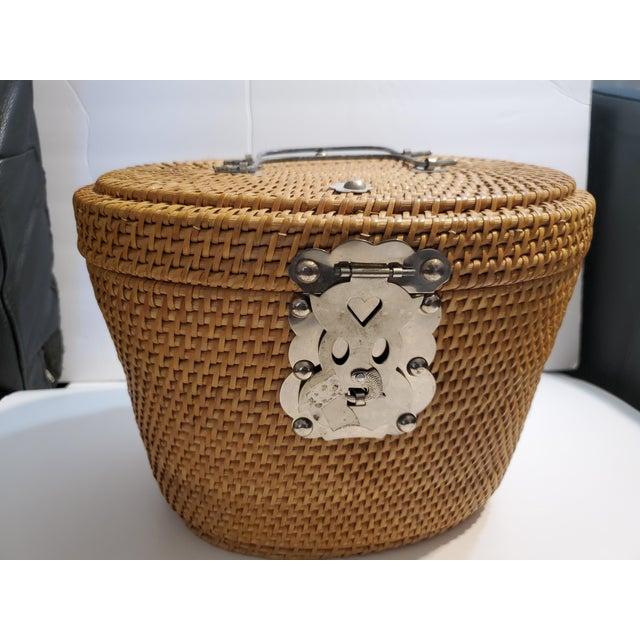 Vintage 1970s Reed Picnic/Bar/Espresso Basket For Sale - Image 11 of 13
