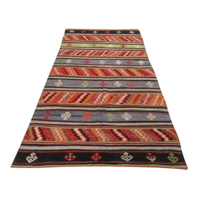 Handwoven Vintage Embroidered Turkish Kilim Rug - 5′9″ × 10′10″ For Sale