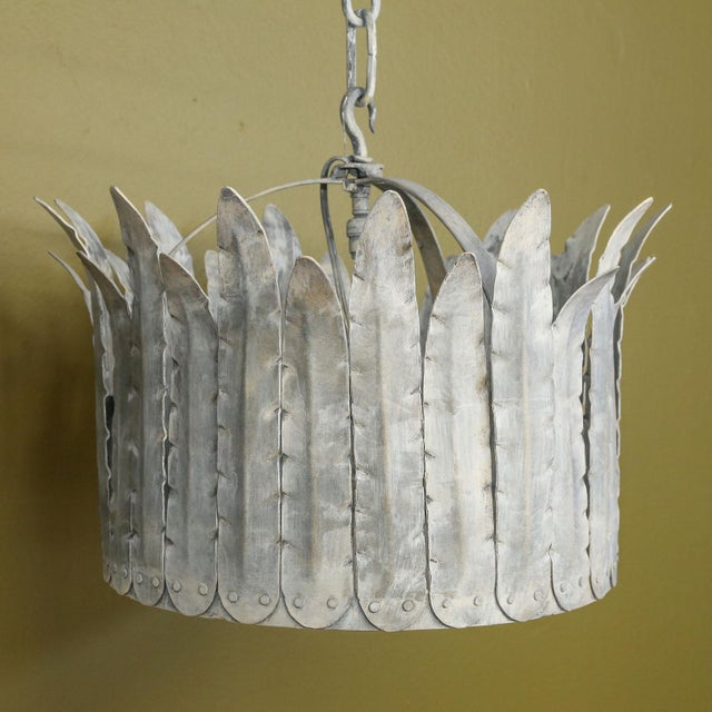 """Modern Hand-Crafted Iron """"Fairfield"""" Crown Light in Silver For Sale - Image 3 of 9"""
