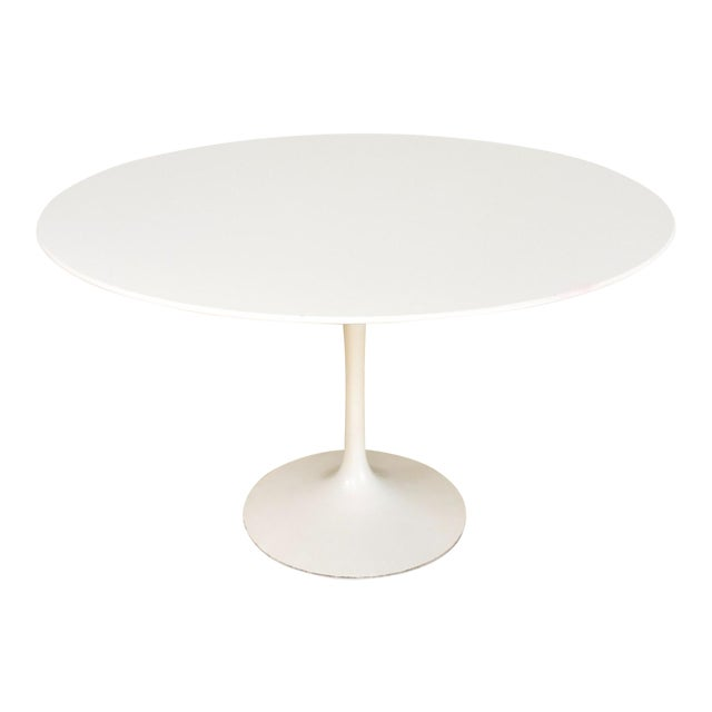 Saarinen For Knoll Large 47 Tulip Pedestal Dining Table