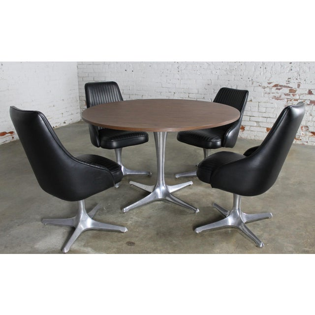 b53022f2dbad8 Awesome mid-century modern round dinette table and four swivel chairs from  the Decorables 1967