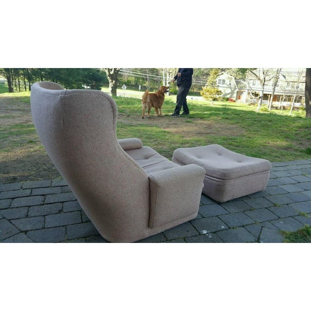 Very cool and unique Mid-century Modern W & J Sloane lounge chair and ottoman. This lounge chair features a wide, low...