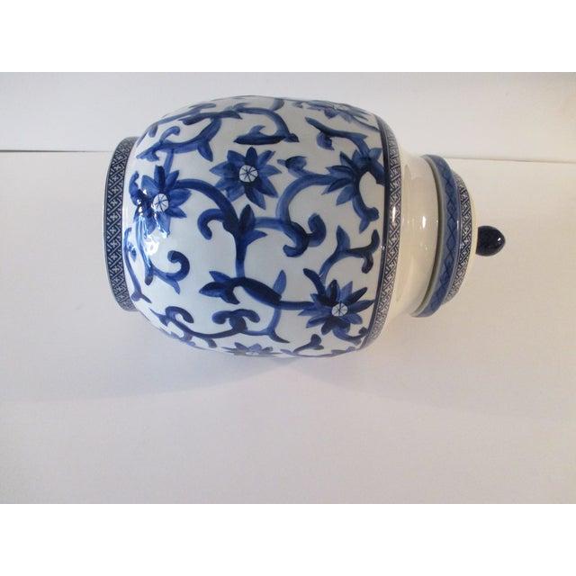 Ralph Lauren Vintage Ralph Lauren Ginger Jar in Blue and White Mandarin Blue For Sale - Image 4 of 6