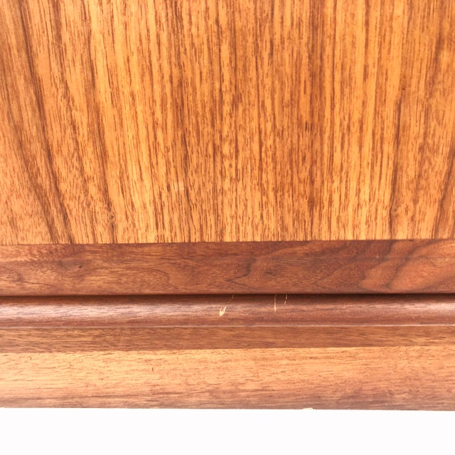 1960s Mid-Century Armoire Dresser by Dillingham For Sale - Image 5 of 12