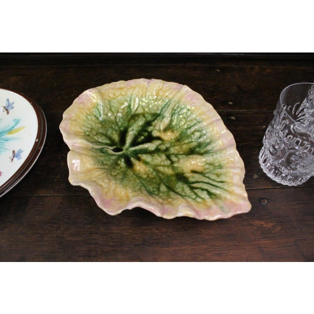 1980s Majolica Leaf Platter For Sale - Image 4 of 5