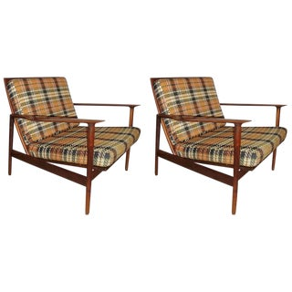 Pair of Ib Kofod-Larsen Stamped Lounge Chairs Fine Scandinavian Design For Sale