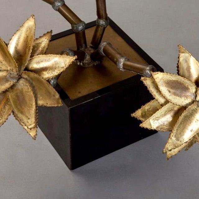 Mid-Century Brass Metal Flower Sculpture in Manner of Maison Jansen - Image 6 of 6