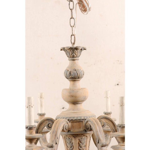French Vintage Carved & Painted Wood Six-Light Chandelier in Light Beige & Grey For Sale - Image 4 of 9