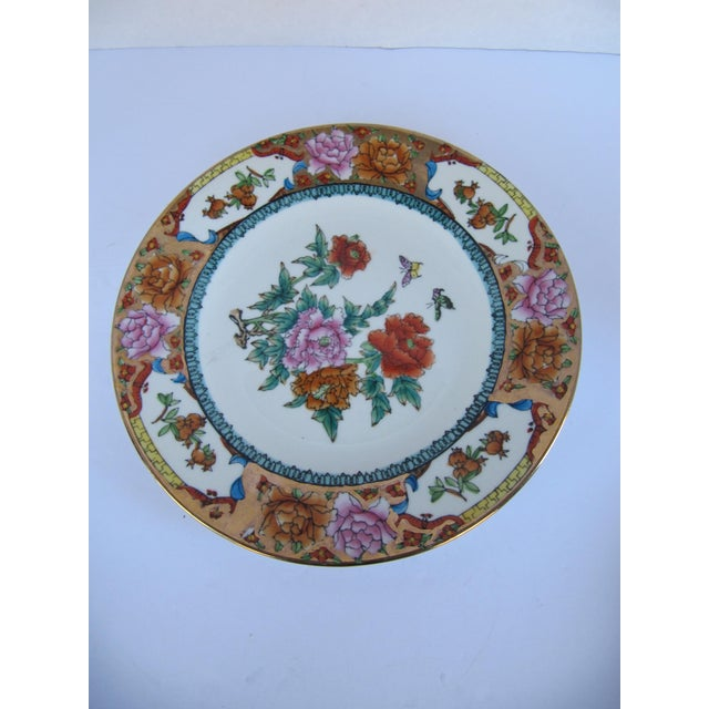Decorative Chinoiserie Wall Plates- 3 Pieces For Sale - Image 4 of 7
