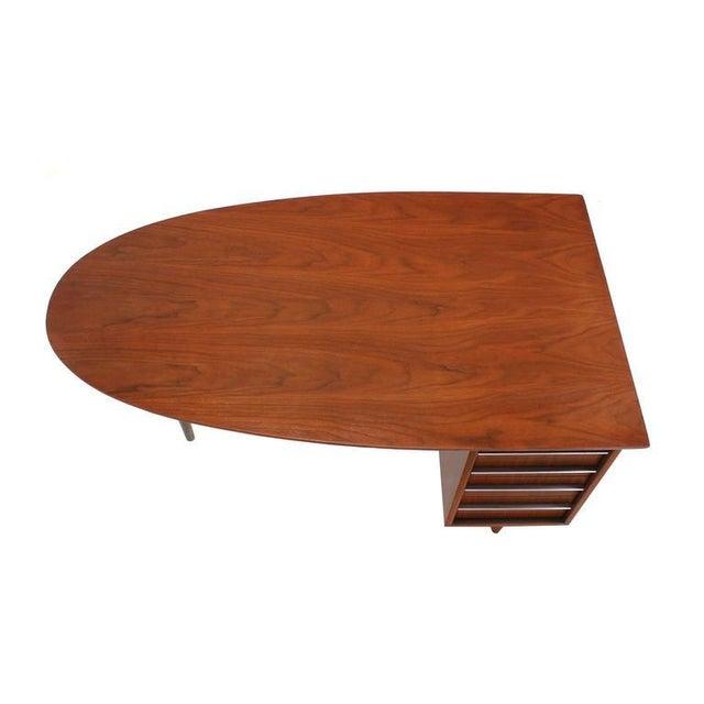 Mid-Century Modern Unusual Oval Shape Walnut Partners Extra Deep Desk Long Metal Stip Shape Pulls For Sale - Image 3 of 9
