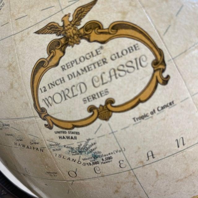 1970s Replogle Globe in Brass Stand Paul McCobb For Sale - Image 5 of 10