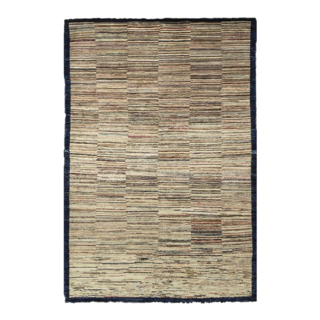 "Contemporary Hand Woven Rug - 3'11"" X 5'10"" For Sale"