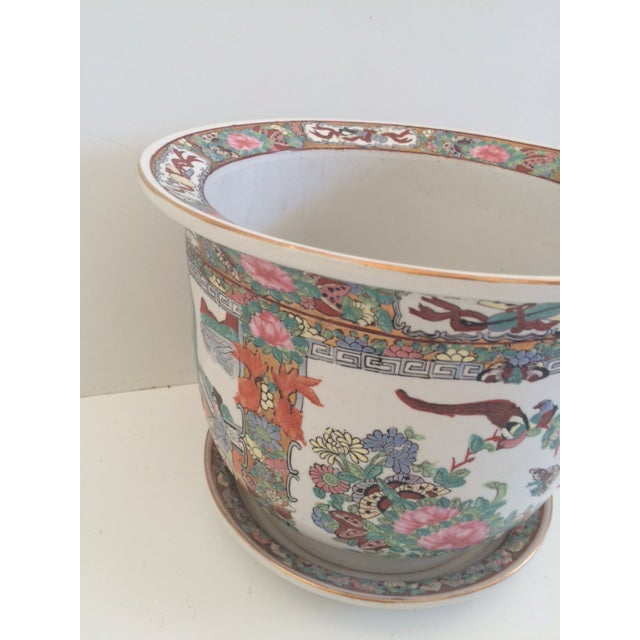 Asian Asian Style Rose Medallion Cachepot For Sale - Image 3 of 6