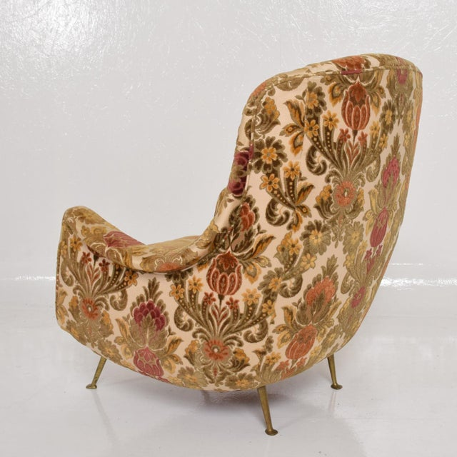 Brass Pair of Sculptural Arm Chairs Made in Italy, in the Style of Gio Ponti For Sale - Image 7 of 10