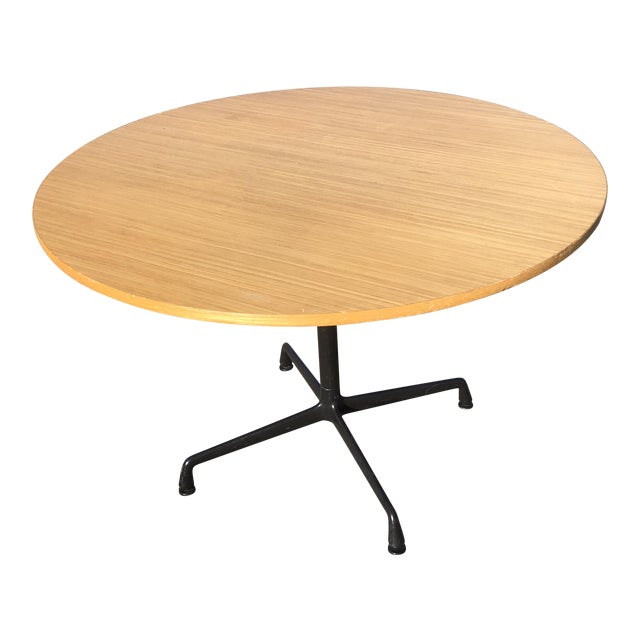 Herman Miller Wooden Round Table For Sale