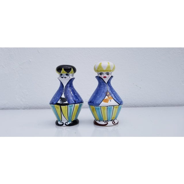 Blue 1970s Vintage Italian Hand Painted Ceramic Salt and Pepper Shakers - A Pair For Sale - Image 8 of 9