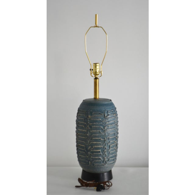 1950s Mid-Century Hand Thrown Ceramic Table Lamp For Sale In West Palm - Image 6 of 13