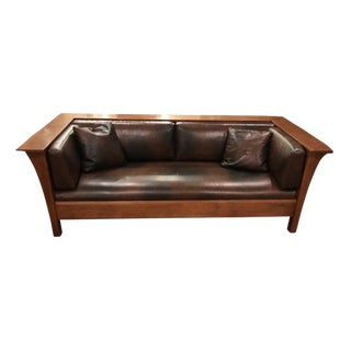 Mission Style Stickley Oak Wood Panel Settle (Sofa) For Sale