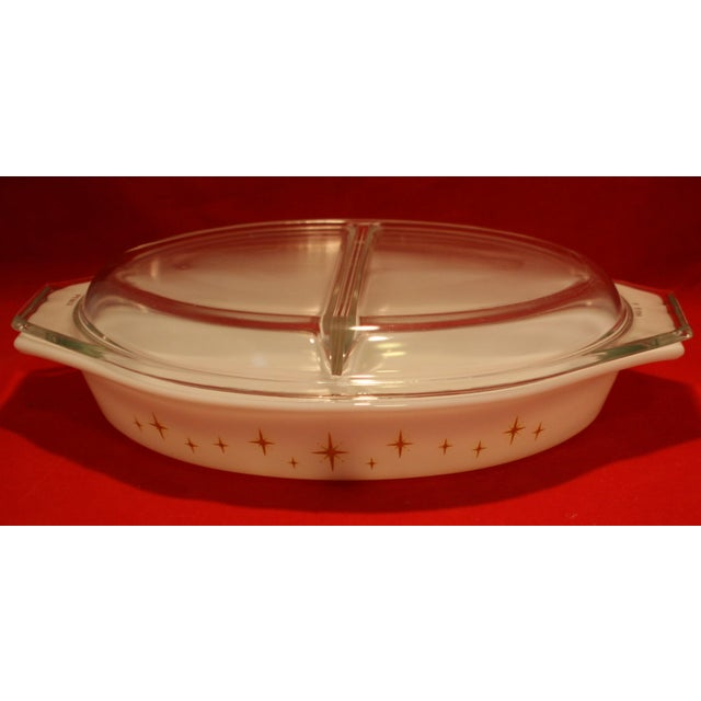 Mid-Century Pyrex Starburst Lidded Divided Casserole With Stand For Sale In West Palm - Image 6 of 10