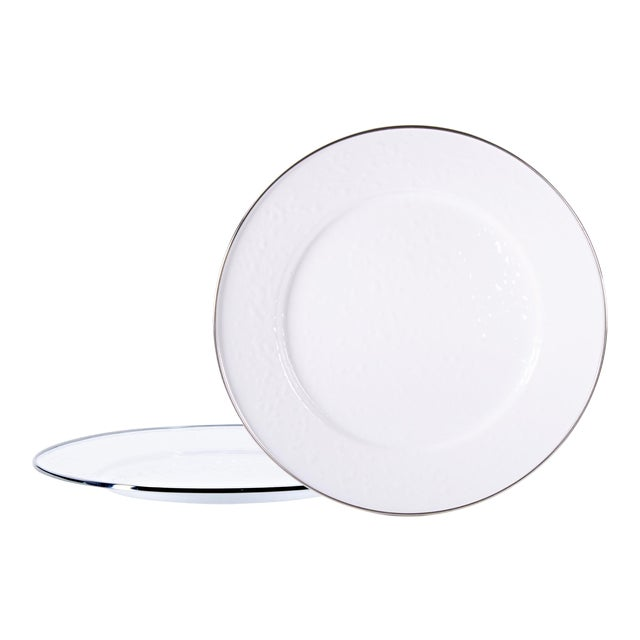 Charger Plates White on White - Set of 2 For Sale