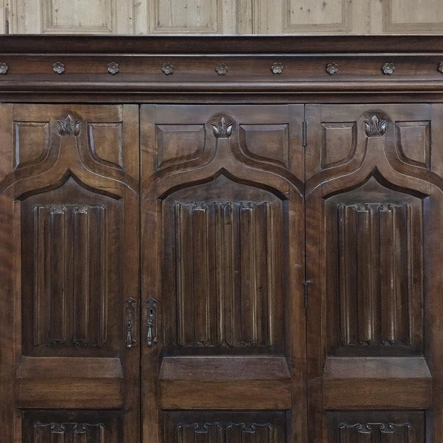 19th Century French Gothic Solid Walnut Armoire ~ Bonnetiere For Sale - Image 4 of 13