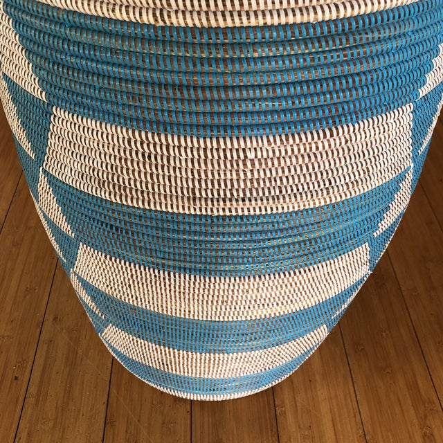 Blue Handwoven Geometric Basket For Sale - Image 4 of 8
